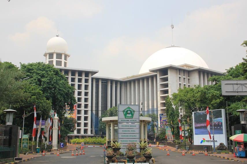masjid istiqlal simbol kemerdekaan