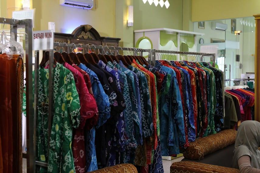 Sasirangan fabric display