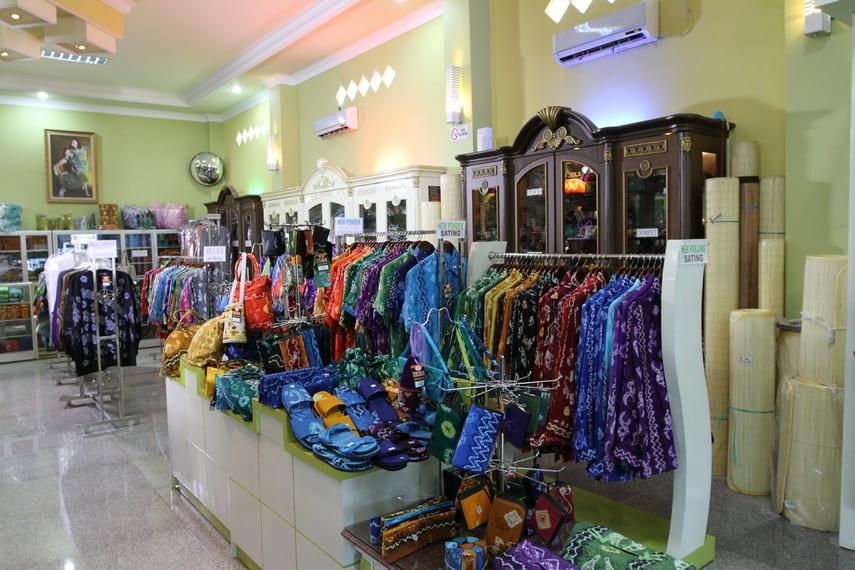 sasirangan fabric local shop